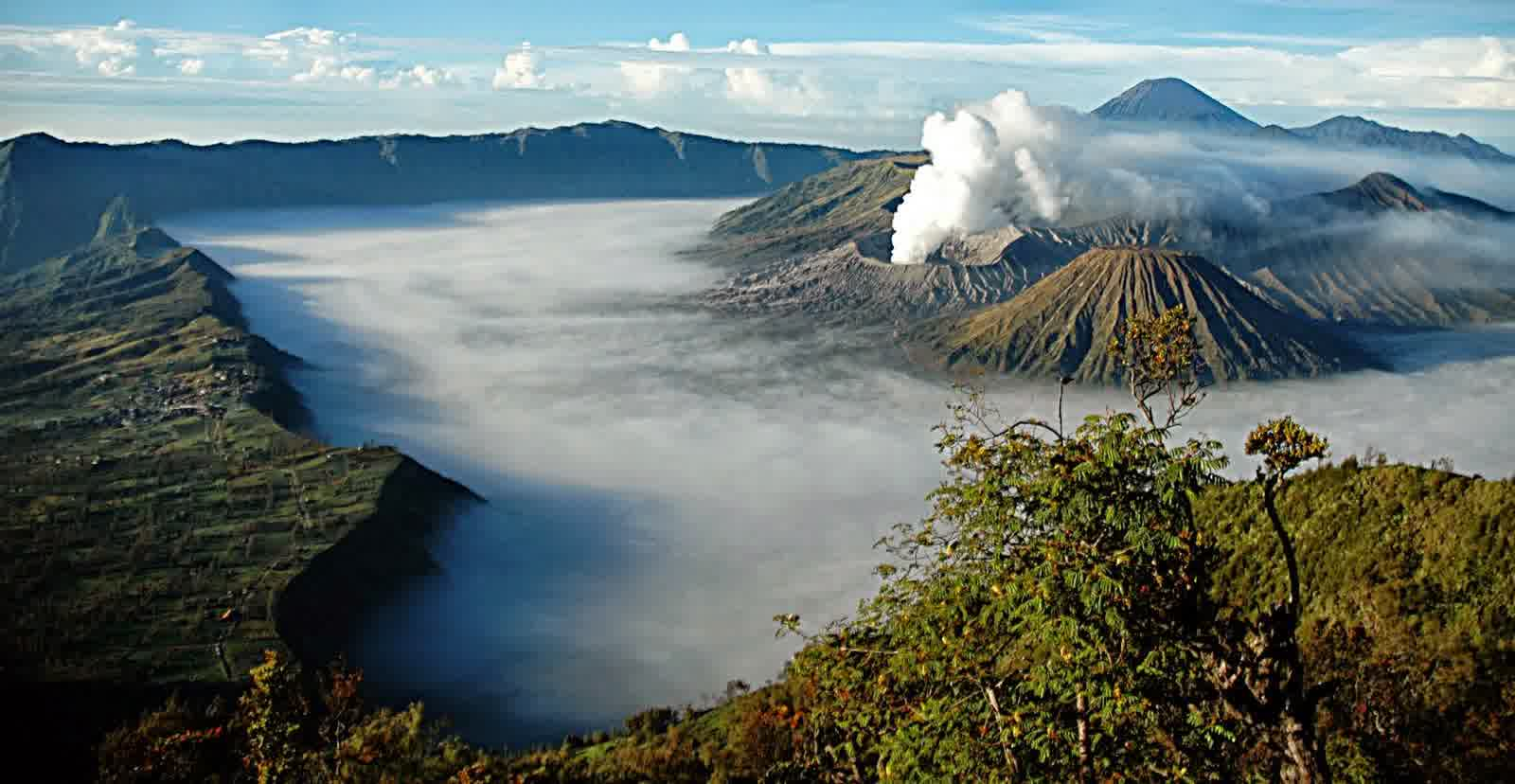 Mount Bromo Isyg 2017 Sunset Full Destination Committee Provide Additional Activities Optional A Tour To We Choose As The Of This Because Is Most
