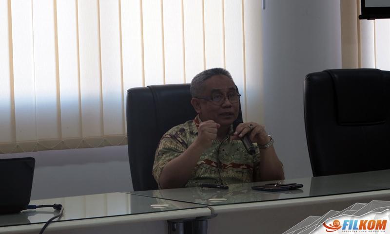02_Prof_Agus_Suman_saat_menyampaikan_materi