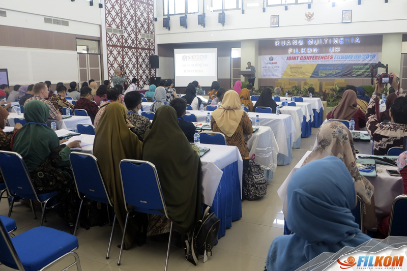 01_pembukaan_joint_conference_filkom_ub_2018