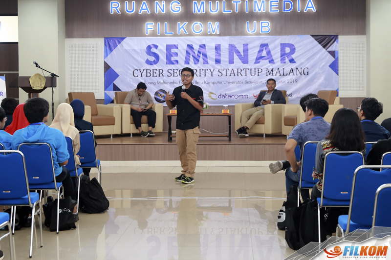01_sesi_sharing_knowledge_dan_experience_dari_malang_hacker_community